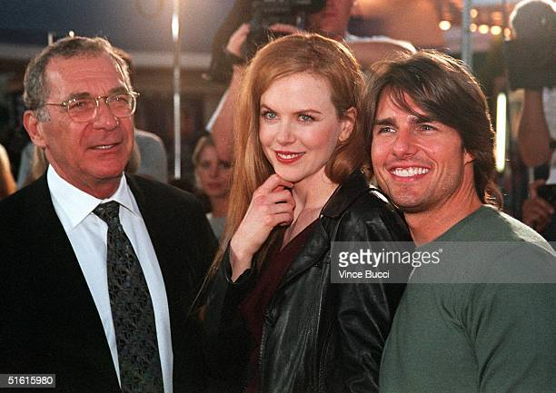 """Cast members of """"Eyes Wide Shut"""" Sydney Pollack, Nicole Kidman and her husband, actor Tom Cruise arrive for the world premiere of the movie in..."""