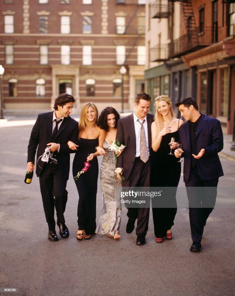 Cast members of NBC's comedy series 'Friends.' Pictured: David Schwimmer as Ross Geller, Jennifer Aniston as Rachel Green, Courteney Cox as Monica Geller, Matthew Perry as Chandler Bing, Lisa Kudrow as Phoebe Buffay, Matt LeBlanc as Joey Tribbiani.