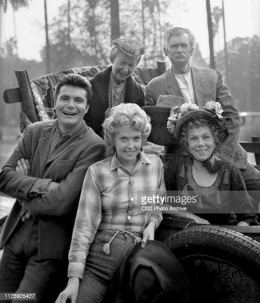 Cast members of the CBS television situation comedy The Beverly Hillbillies December 3 1963 Los Angeles CA Pictured is cast members Irene Ryan Buddy...
