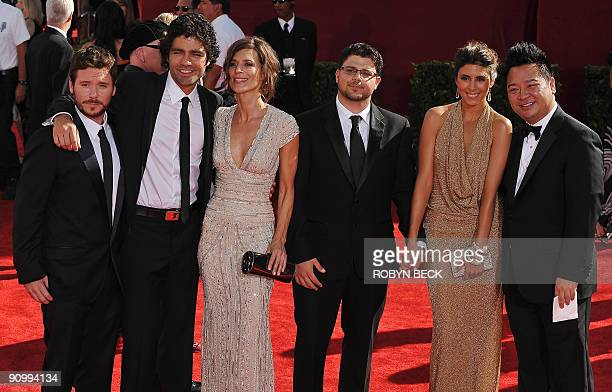Cast members of the show Entourage Kevin Connolly Adrian Grenier Perrey Reeves Jerry Ferrara JamieLynn Sigler and Rex Lee arrive for for the 2009...