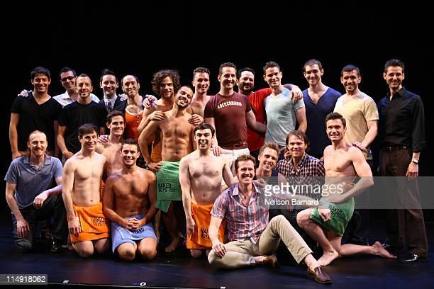 Naked shower guys-9191