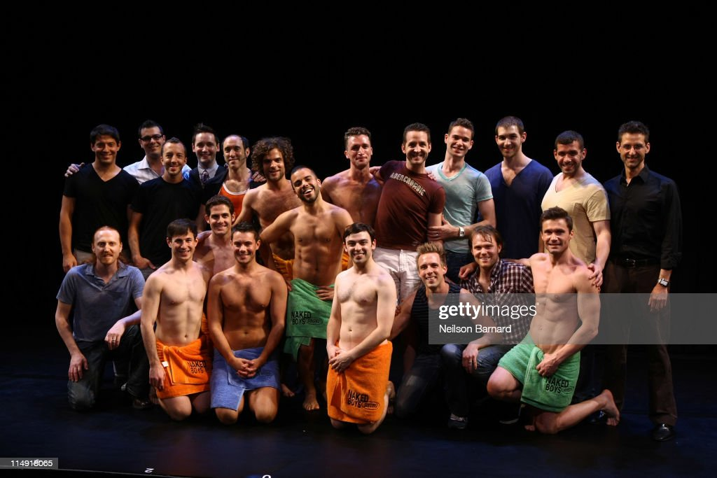 Naked Boys Singing Celebrate Their 3000th Performance : News Photo