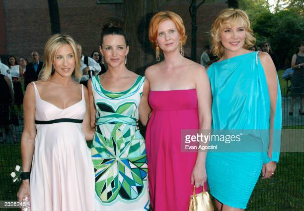 Cast members Sarah Jessica Parker Kristin Davis Cynthia Nixon and Kim Cattrall arriving at the World Premiere of the fifth season of 'Sex And The...