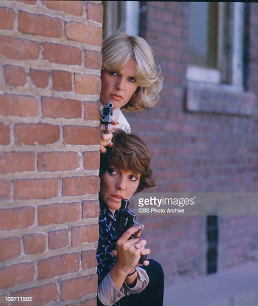 CAGNEY LACEY cast members Sharon Gless and Tyne Daly Image dated 1985
