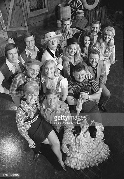 LR Stringbean Archie Campbell Gunilla Hutton the Hagers John and Jim Gordie Tapp as the Old Philosopher Jeannine Riley Dianna Scott Grandpa Jones...