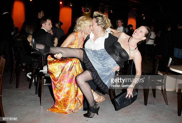 Cast of bad girls actress Annett Fleischer and actress Manuela Wisbeck and actress Isabell Polak attend the German Comedy Award 2009 at the Coloneum...