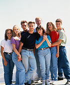 Cast of beverly hills 90210 picture id542402694?s=170x170