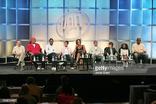 Cast of Everybody Hates Chris Executive Producer Howard Gewirtz Executive Producer/CoCreator/Writer Ali LeRoi Chris Rock Tyler James Williams Tichina...
