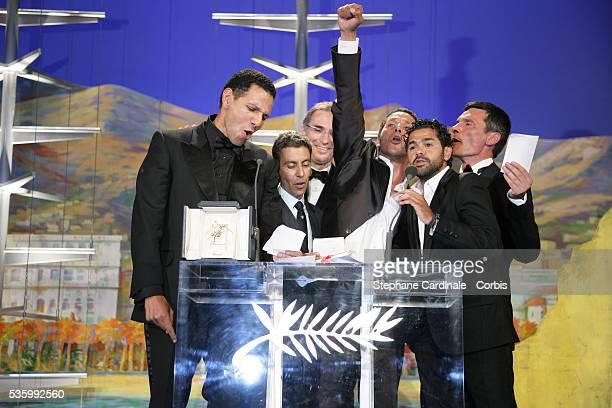 Cast of 'Indigenes' Roschdy Zem Jamel Debbouze director Rachid Bouchareb Sami Bouajila and Bernard Bancan that received the Best Male Actor award...