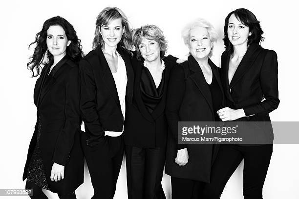 "Cast of ""L'amour, la mort et les fringues"" Chloe Lambert, Pascale Arbillot, Daniele Thompson, Bernadette Lafont and Valerie Bonneton photographed for..."