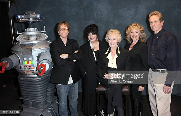 Cast of 'Lost In Space' at The Hollywood Show held at The Westin Hotel LAX on January 24 2015 in Los Angeles California
