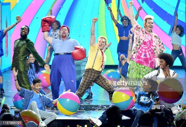 Cast of Spongebob musical performs onstage at Nickelodeon's 2019 Kids' Choice Awards at Galen Center on March 23 2019 in Los Angeles California