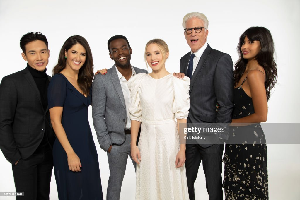 Cast of The Good Place, Los Angeles Times, May 17, 2018 : News Photo