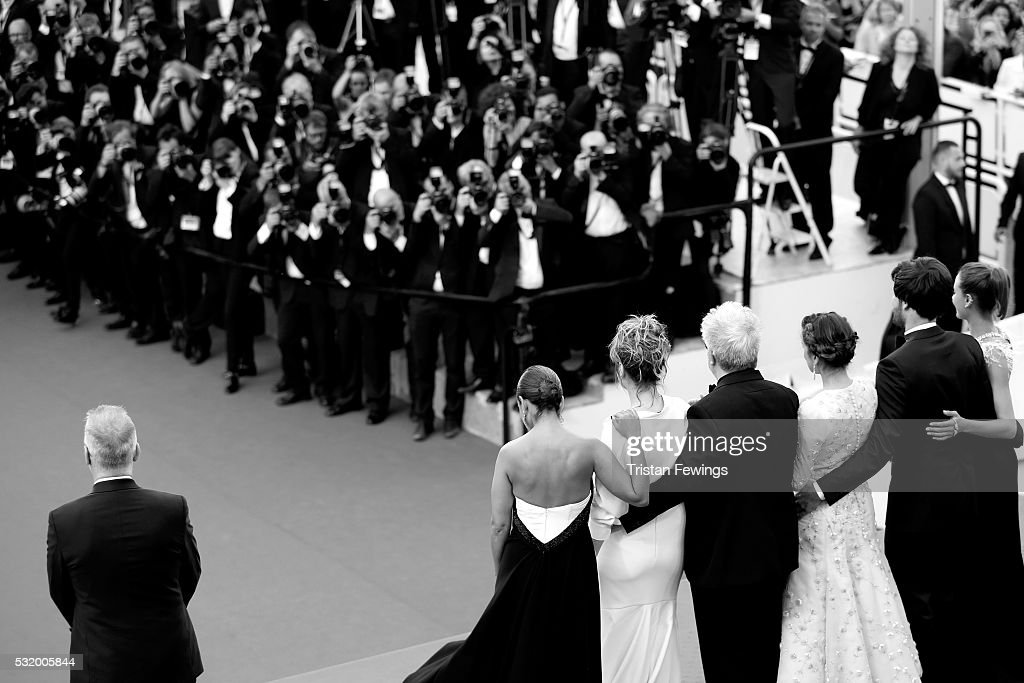 Cast of the movie attend the 'Personal Shopper' premiere during the 69th annual Cannes Film Festival at the Palais des Festivals on May 17, 2016 in Cannes, France.