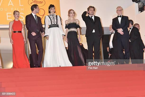 Cast of the movie 'La danseuse' Melanie Thierry Gaspard Ulliel Soko LilyRose Depp and LouisDo de Lencquesaing attend the 'I Daniel Blake' premiere...