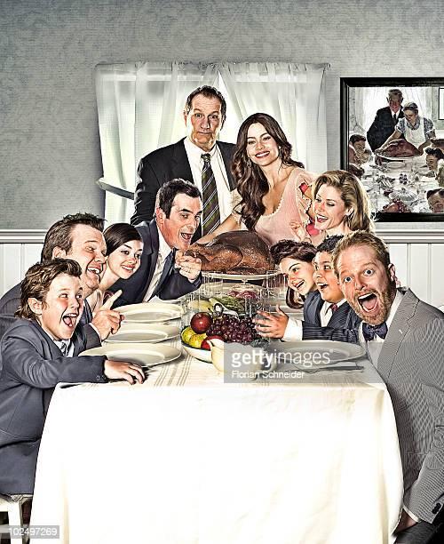 Cast of the television show Modern Family: Julie Bowen, Sofia Vergara, Ty Burrell, Ed O'Neil, Nolan Gould, Eric Stonestreet, Rico Rodriguez, Jesse...