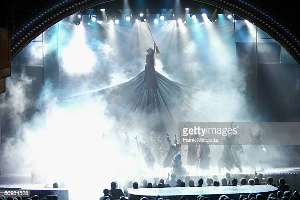 Cast of Wicked perform on stage during the 58th Annual Tony Awards at Radio City Music Hall on June 6 2004 in New York City The Tony Awards are...