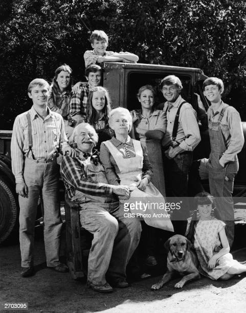 A cast portrait from the fourth seeason of the televsion series 'The Waltons' showing stars Will Geer Ellen Corby Kami Cutler Richard Thomas Mary...