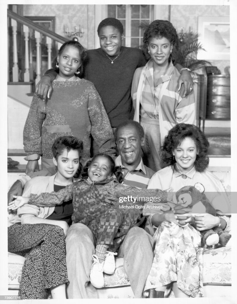 Cosby Show Cast Portrait : News Photo