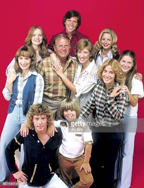 ENOUGH Cast Season Three 9/1/78 The Bradford family pictured back row left Susan Richardson Grant Goodeve Dianne Kay Middle row left Laurie Walters...
