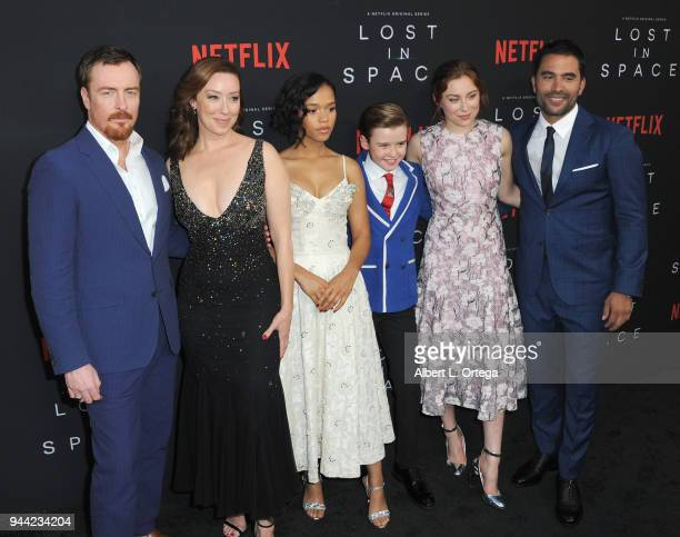 Cast Toby Stephens Molly Parker Taylor Russell Maxwell Jenkins and Mina Sundwall arrives for the Premiere Of Netflix's 'Lost In Space' Season 1 held...