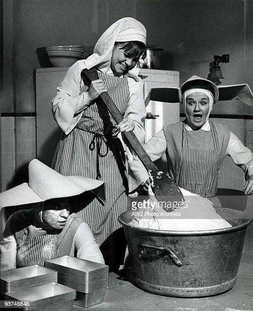 NUN Cast Your Bread Upon the Waters Season Two 3/20/69 Sister Bertrille Sister Jacqueline and the other nuns go into business with Sister Sixto to...