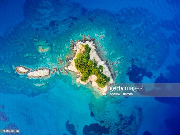 castaway - island stock pictures, royalty-free photos & images