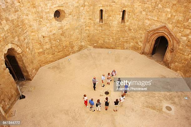 castel del monte - castel del monte foto e immagini stock