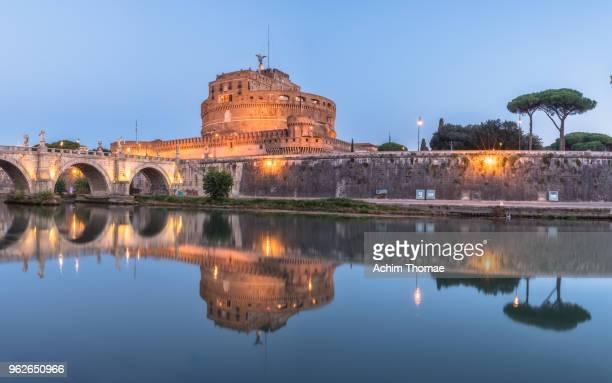 castel san angelo, rome, italy, europe - achim thomae stock-fotos und bilder