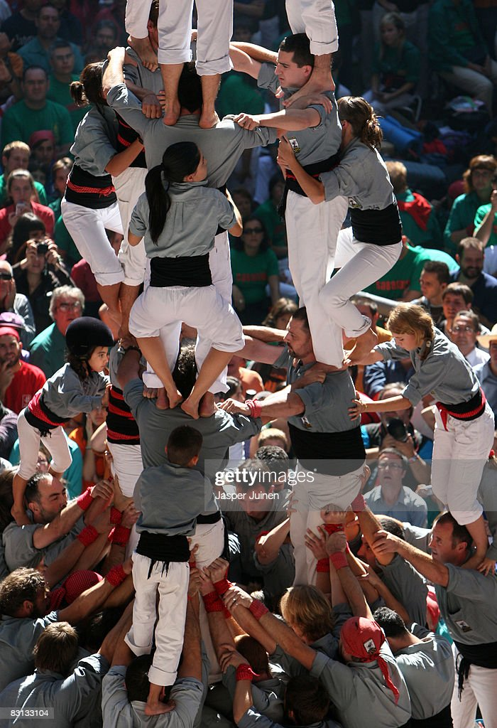 Human Towers Are Built In The 22nd Tarragona Castells Competition : News Photo
