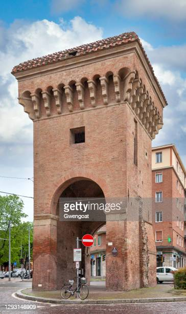 castiglione gate in bologna - gwengoat stock pictures, royalty-free photos & images