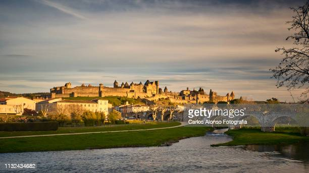 castillo de carcassonne - carcassonne stock pictures, royalty-free photos & images