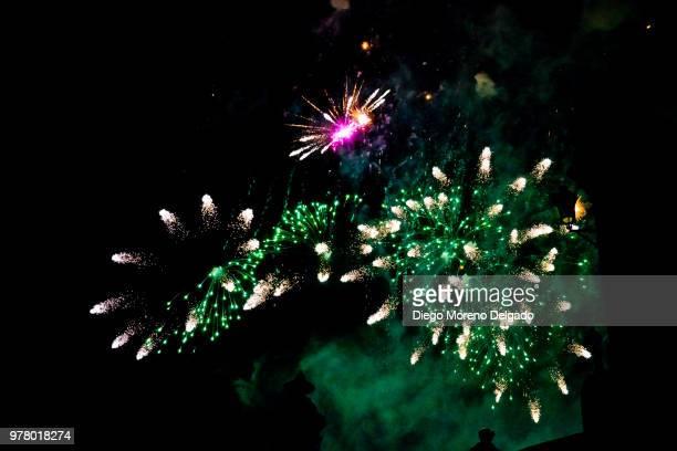 Castillo de fuegos artificiales II - Fireworks castle II