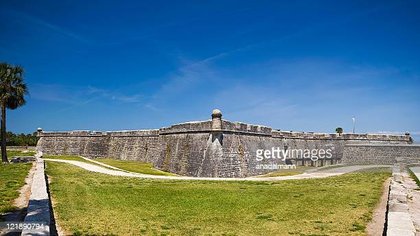 castillo de san marcos - castillo de san marcos stock photos and pictures