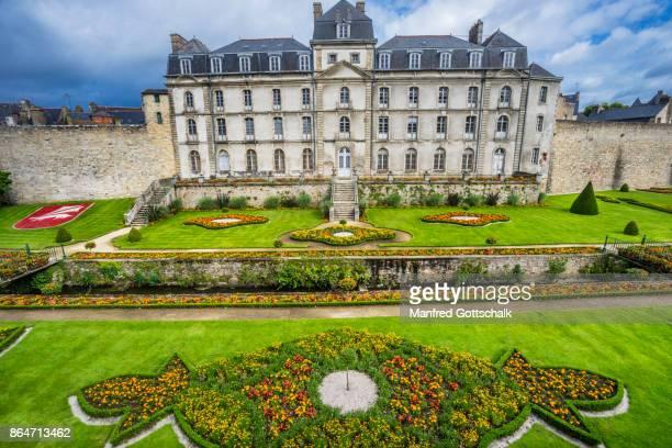 castle and gardens of hermine vannes - ヴァンヌ ストックフォトと画像