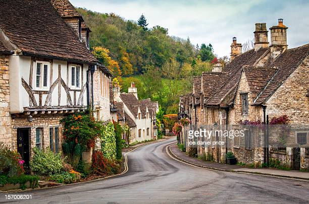 castle combe in the fall, wiltshire, england - cottage stock pictures, royalty-free photos & images