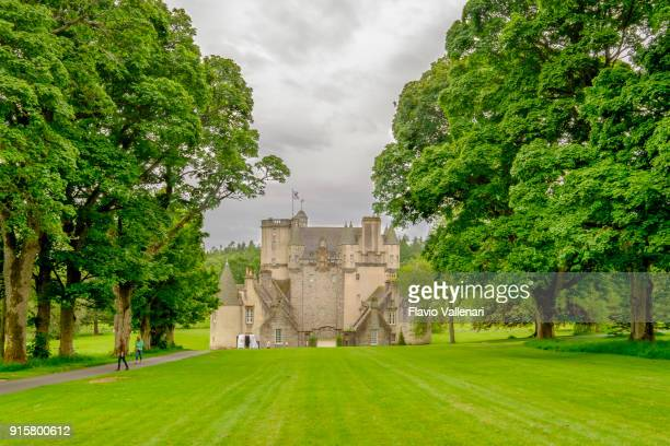 castle fraser, scotland - aberdeenshire stock pictures, royalty-free photos & images