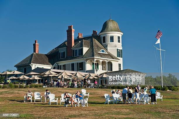castle hill bed and breakfast hotel - newport rhode island stock photos and pictures