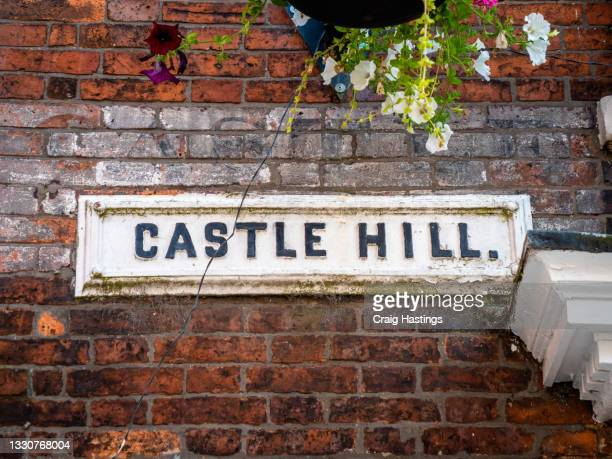 castle hill high street sign, lincoln, uk - embellishment stock pictures, royalty-free photos & images