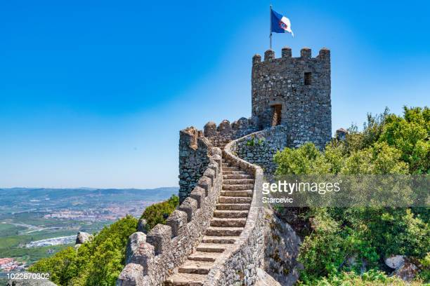 castle of the moors - portugal - sintra stock pictures, royalty-free photos & images