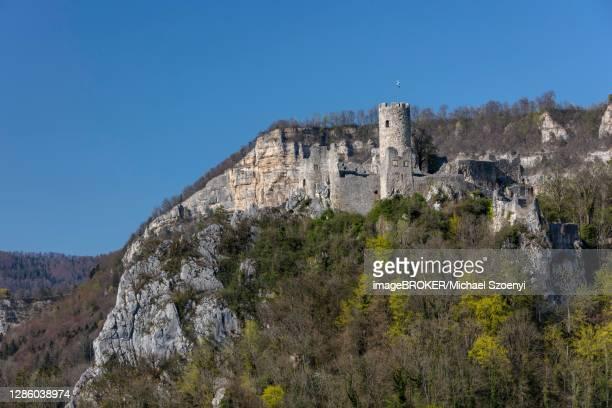 castle ruin neu falkenstein, balsthal, solothurn, switzerland - neu ストックフォトと画像