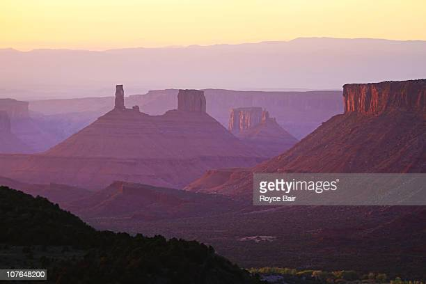 castle valley, utah - castle rock colorado stock pictures, royalty-free photos & images