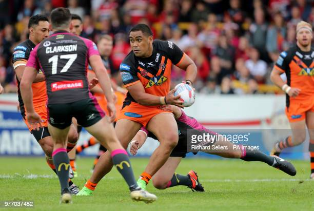 Castleford Tigers Junior Moors in action during the Betfred Super League match at the MendAHose Jungle Casteford