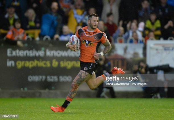 Castleford Tigers' Zak Hardaker runs clear to score a try during the Betfred Super League match at the MendAHose Jungle Castleford