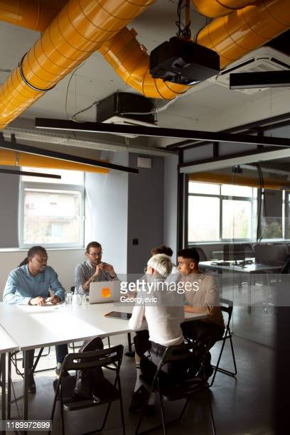 casual business meeting - businesswear stock pictures, royalty-free photos & images