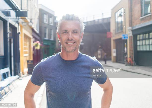casual man on the street - beautiful people stock pictures, royalty-free photos & images
