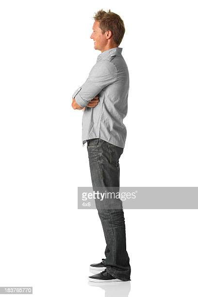 casual man side view - van de zijkant stockfoto's en -beelden