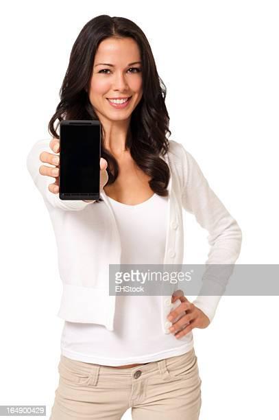 Mujer joven Casual con teléfono inteligente aislado sobre fondo blanco