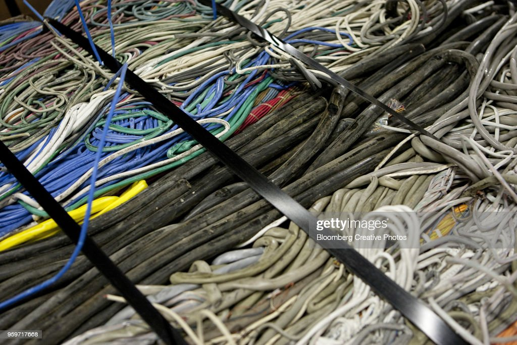 Cat 5 and cat 6 cable are bunched together with other communication cables : Stock-Foto