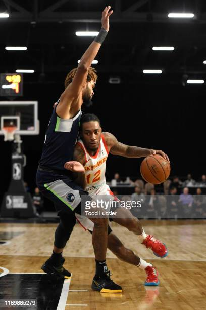 Cat Barber of the College Park Skyhawks drives to the basket against the Iowa Wolves on December 21 2019 at the Mandalay Bay Events Center in Las...